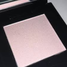 Хайлайтер-румяна <br />SHISEIDO Inner Glow Cheek Powder #10 Medusa Pink